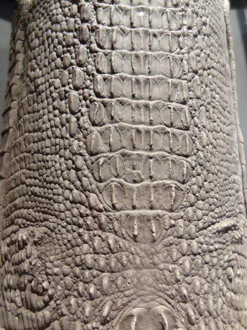 GP croco vase